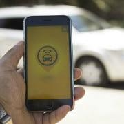 Easy Taxi dejará de prestar servicio con autos particulares