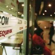 Morosidad de los chilenos crece más rápido que sus deudas al día