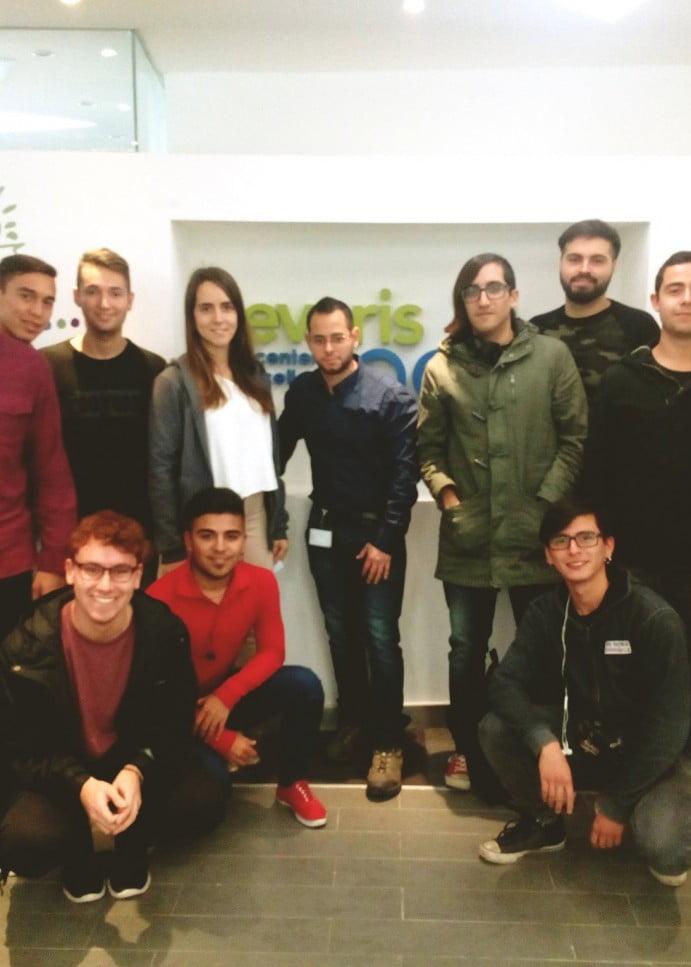 Equipos participantes de Lions Up visitan empresa Everis como parte del proceso de innovación