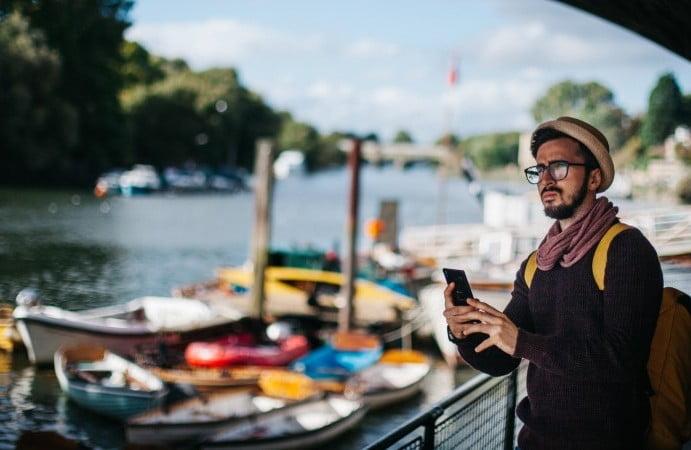 Chilenos irrumpen en la industria del roaming con llamativo formato low cost