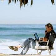 ¿Eres emprendedor y no sales de vacaciones para evitar pérdidas? Conoce el software con el que podrás manejar tu negocio desde cualquier lugar