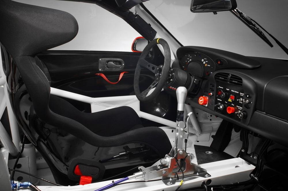 2004: Porsche 911 GT3 RSR